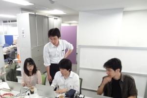 宿題であったアプリの設計図(フローチャート) の確認のための講義を受けた後に製作開始